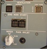 Mengaktifkan manual start untuk memutar mesin (dry crank)